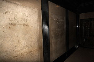 Mary Todd Lincoln's crypt