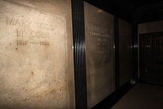 Mary Todd Lincoln - Mary Todd Lincoln's crypt