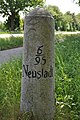 Meilenstein Chaussee Altona-Neustadt - Altona 6M (Groß Niendorf).3.ajb.jpg