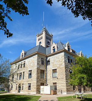 Aledo, Illinois - Mercer County Courthouse