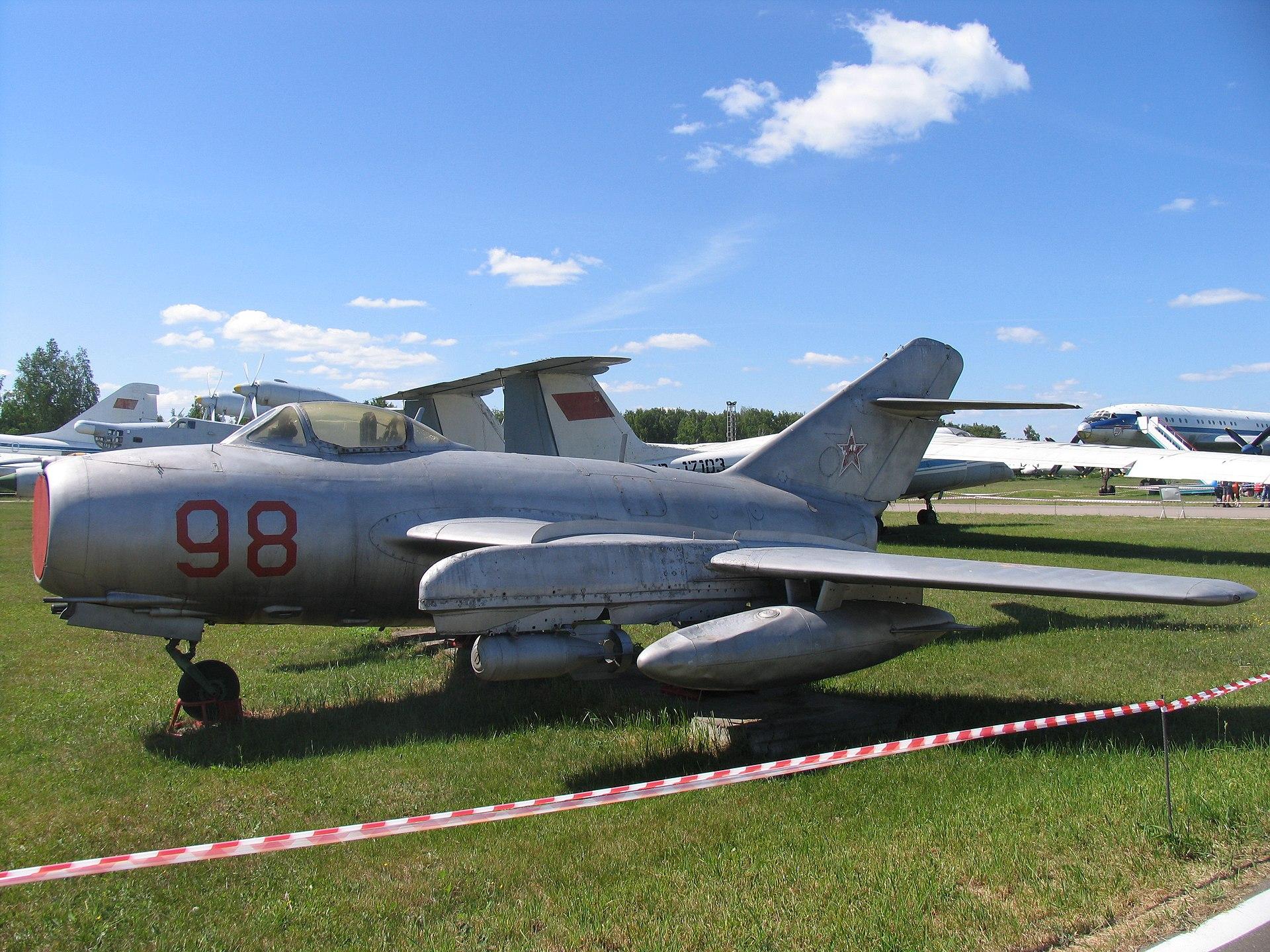 Самолет германия казахстан