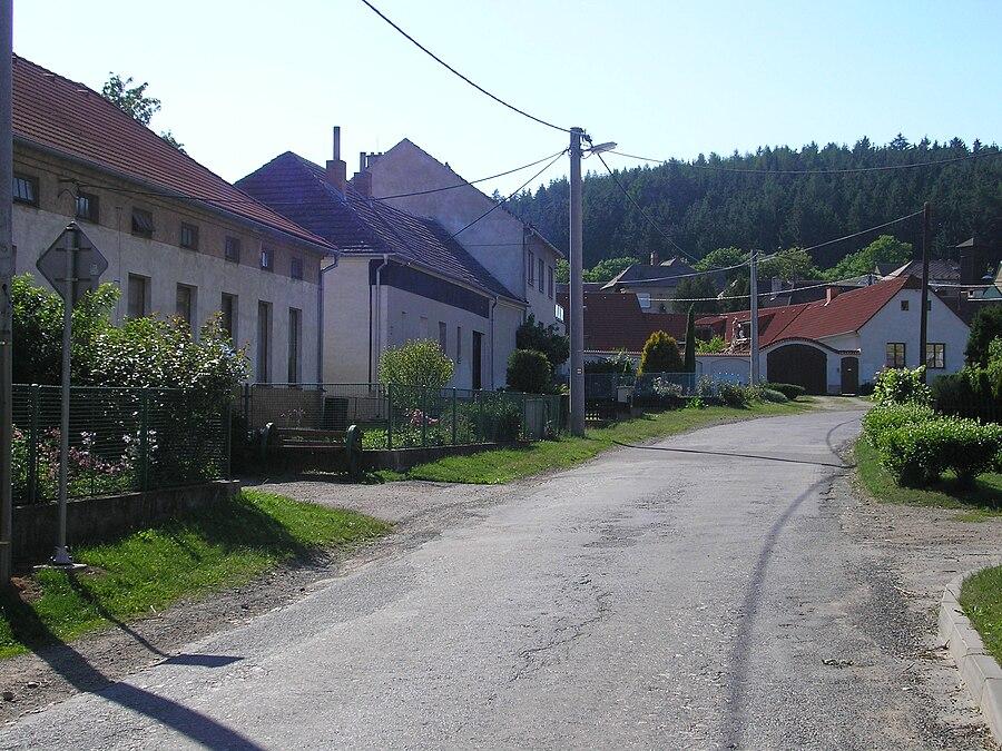 Mikulovice (Třebíč District)