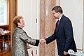 Ministru prezidents Valdis Dombrovskis tiekas ar Vācijas vēstnieci Latvijā Andreu Viktorīnu (7836391898).jpg