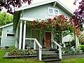 Mitchell-Kinsman House -Ashland Oregon.jpg