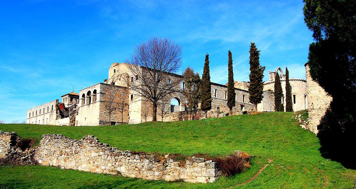 Resultado de imagen de monasterio pelayos de la presa