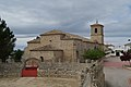 Montalbo, Iglesia de Santo Domingo de Silos, desde la plaza de toros.jpg