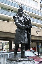 Monument 15th Scottish Division Frans Broers Stadhuisplein Tilburg