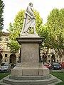 Monumento platani del trageda Alfieri.jpg