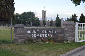 Mount Olivet Cemetery (Wheat Ridge, Colorado) - Image: Mount Olivet Cemetery Wheat Ridge sign