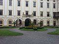 Nádvoří zámku Kroměříž.jpg