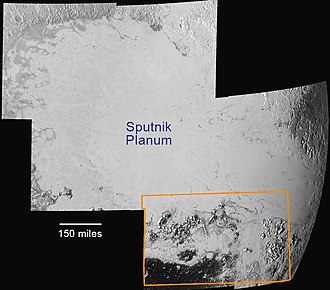 Hillary Montes - Image: NH Pluto Sputnik Planum 20150714 v 1