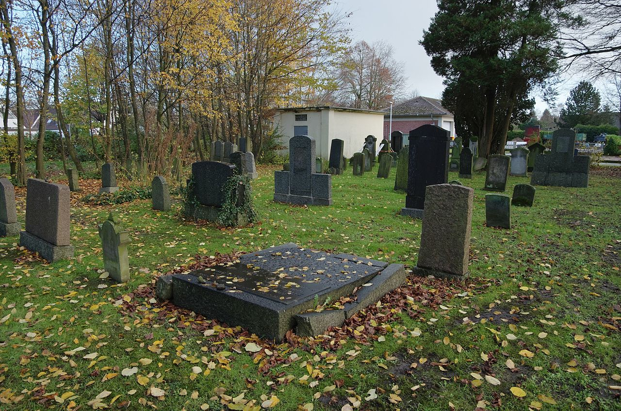 Neuer Jüdischer Friedhof Friedrichstadt IMGP5248 smial wp.jpg