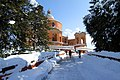 Neve sul Santuario della Beata Vergine di San Luca sul Colle della Guardia - panoramio (4).jpg