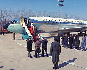 VC-137C SAM 26000 - President Richard Nixon and First Lady Pat Nixon disembark SAM 26000 after landing in the People's Republic of China, 1972