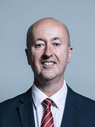 Official portrait of Geraint Davies crop 2.jpg