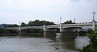 Ohio-Zanesville-Y bridge on M River.jpg