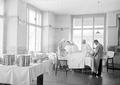 Operationssaal in der Etappensanitätsanstalt Olten - CH-BAR - 3238443.tif