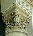 P1260043 Paris VIII avenue Ruysdael n4 chapiteau rwk.jpg