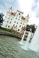 Pałac i fontanna - Wojanów.jpg