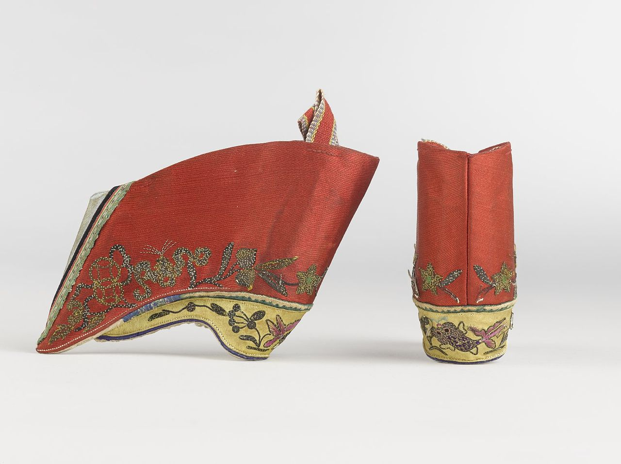 File:Pair of Shoes for Women's Bound Feet, 19th century ...