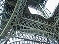 Paris, Eiffelturm, von unten 2008-06 (11).jpg