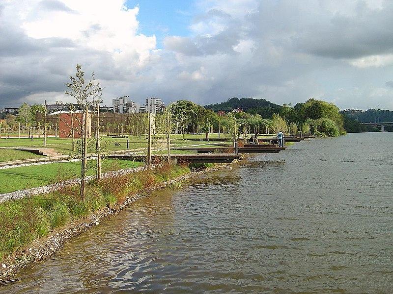 File:Parque do Mondego - Coimbra.jpg