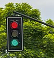 Patriotic Mexican traffic light.jpg