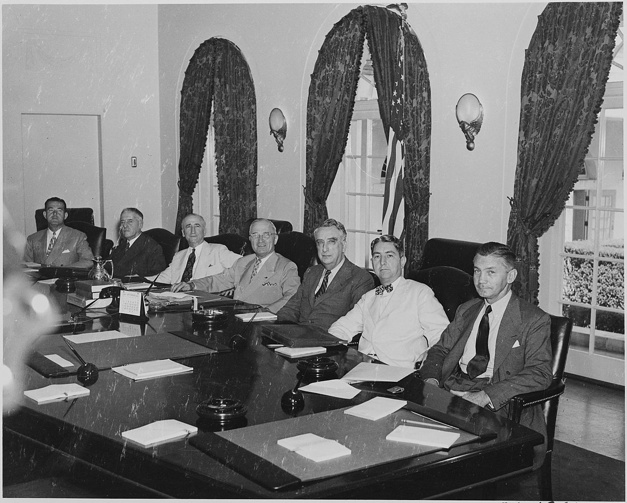 File:Photograph of Cabinet members with President Truman, (from ...