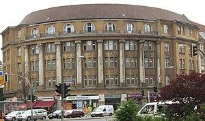 Platz der Luftbrücke - Building designed by Bruno Möhring, corner of Manfred-von-Richthofen-Straße; Deutsches Zentrum Altersfragen, German Centre for Issues of the Aging