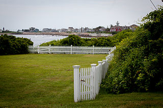 white picket fence ideal in retirement
