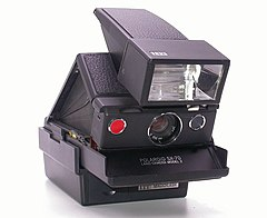 Polaroid SX 70 model 2 (2753008821).jpg
