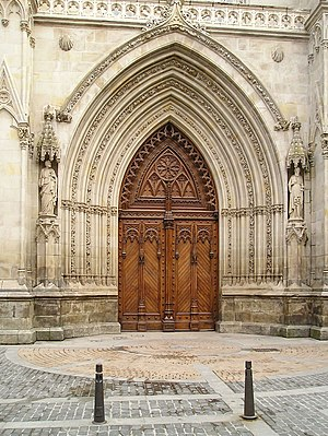 Portal of the Cathedral of Bilbao.jpg
