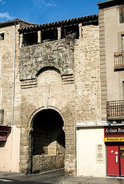 Poussan (Hérault) - porte Notre-Dame.
