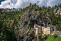 Predjama castle - Slovenia (43988208922).jpg