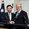 President Lee visiting Australia in March 2009 - 4342430112.jpg
