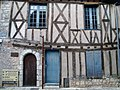 Provins-medieval house in the village.jpg