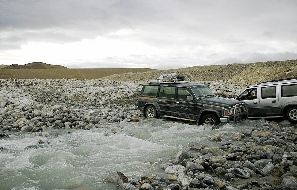 Qomolangma.Trail.2007