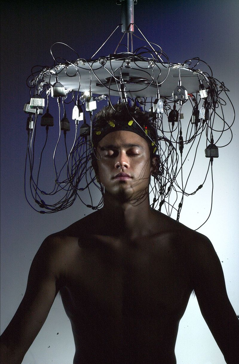 Brainwave electrodes for regenerative musical performance