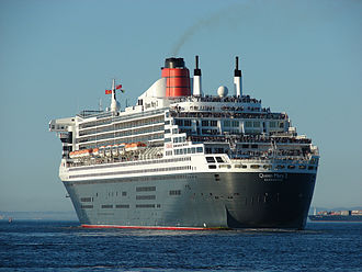 RMS Queen Mary 2 - Queen Mary 2 at Cape Town, showing the constanzi stern