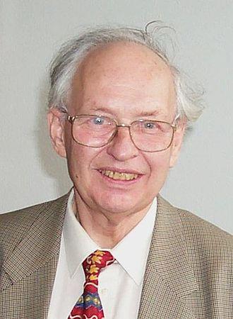 Reinhard Selten - Reinhard Selten, 2001