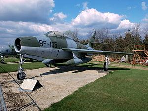 Republic F-84F Thunderstreak.JPG