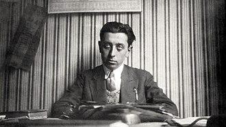 Robert Desnos - Robert Desnos in 1924