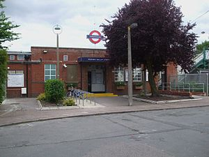 Roding Valley tube station - Station entrance, northern side