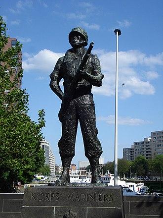 Netherlands Marine Corps - Marine Corps monument in Rotterdam