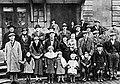 Russesch Emigranten op der Gare, 1935.jpg