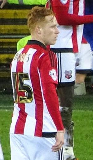 Ryan Woods (footballer, born 1993) - Woods playing for Brentford in 2015