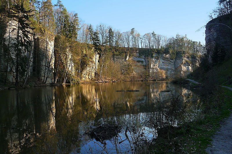 File:Rybník Obora.jpg