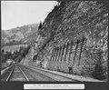 SBB Historic - F 115 00004 068 - Airolo - Piotta, Schutzmauer und Schutzwände gegen Steinschlag.tiff