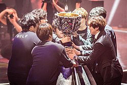 SK Telecom T1 with 2015 League of Legends World Champtionship trophy.jpg