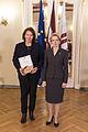 Saeimas priekšsēdētāja sveic Latvijas paralimpisko vienību un Almu Vītolu (23321764065).jpg